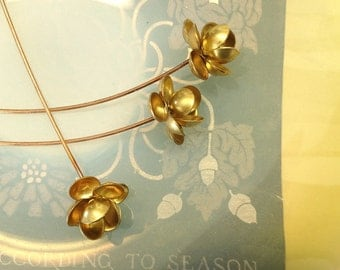 Buttercup with French Wire  (2 pc )