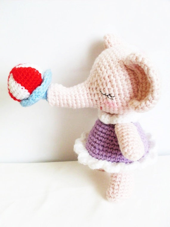 AMIGURUMI PATTERN : Baby girl Elephant by Ahmaymetshop on Etsy