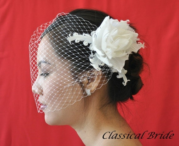 "Bandeau 906 -- ""PEONY"" VEIL SET w/ Flower Feather Fascinator Hair Clip & Ivory or White 9"" Birdcage Blusher Veil for bridal wedding"
