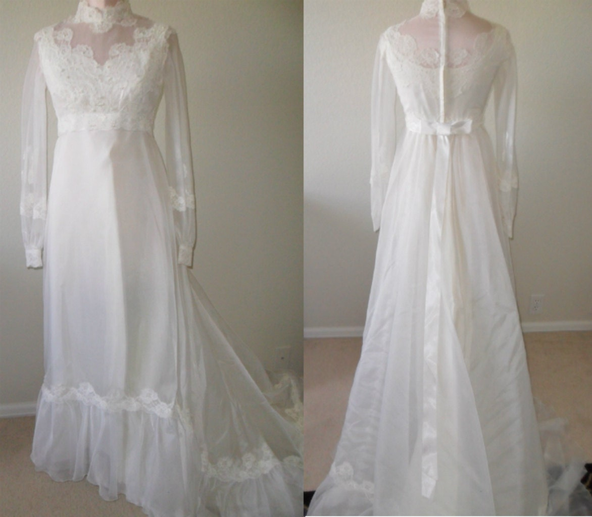 Sale Vintage Wedding Dress and Veil 1970 s Victorian Style