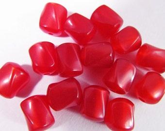 60 Vintage 8mm Red Lucite Twist Bead Mix Bd807