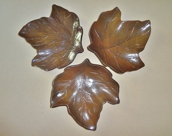 Ceramic Leaf Dishes, Autumn Leaf Decorations, Candle holder, Ceramic Jewelry Dish, Soap Dish, Leaf Soap Dish, Leaf Trinket Dish, Leaf Dish