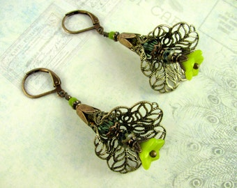 Green Filigree Flower Earrings, Swarovski Earrings, Green Earrings, Flower Earrings, Dangle Earrings, Filigree Earrings, Green Flower