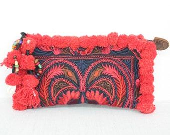 Clutch Red Bird Pom Pom Wristlet Hill Tribe Fabric Vintage Fashionable Clutch Purse Handmade Thailand (BG289WP-RB4)