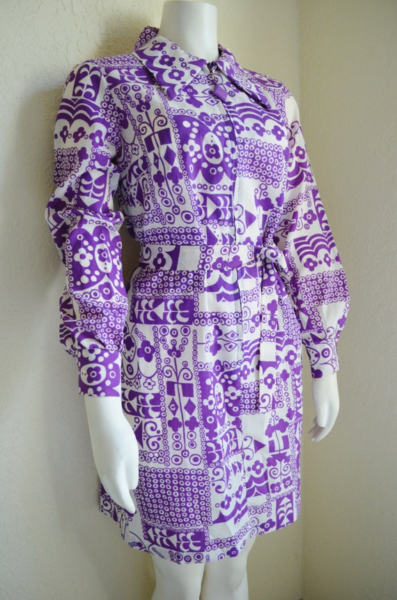 Vintage Mod Dress 1960s, Abstract Print Purple White. Sears. Size Medium