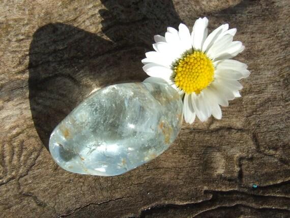 Lge Gemmy Natural Blue Topaz Freeform Tumblestone Tumbled Crystal - 10.1g - 27mm  - Throat Chakra - Stone of True Love and Success (22-25)
