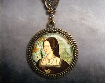 Anne Boleyn necklace, Anne Boleyn jewelry, Tudor Rose, Tudor necklace,  Tudor jewelry Tudor necklace Tudor pendant