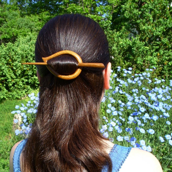 wooden hair accessories 1