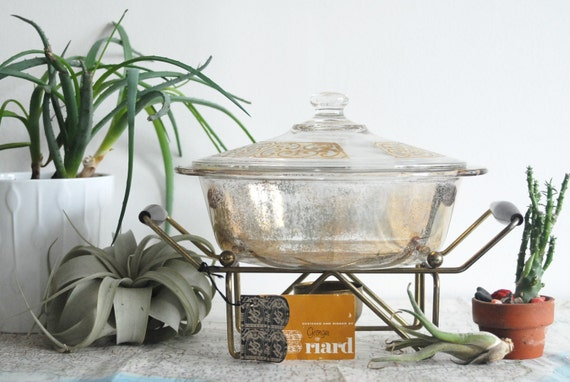 Gold Georges Briard Fire King Casserole and Warmer Stand in Brass and Wood with Original Tag