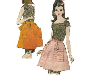 McCall's Sewing Pattern 1960s Kitchen Half Apron Hip Pockets Tied Waist One Size Retro Kitsch Uncut