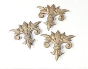 Vintage de fleur, Cast Iron finials w/ painted gold finish (set of 3)