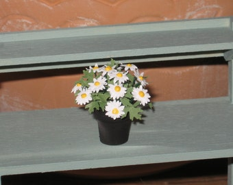 Dollhouse Miniature Potted Daisy Flowers Plant Garden Accessories Plants 1/12th Scale