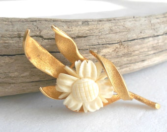 Vendome Vintage Brooch, Molded Celluloid Flower Brooch, Signed Vintage Jewelry