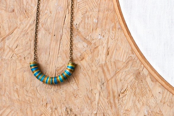 Half circle necklace - ethnic inspired necklace by Trincar Uvas