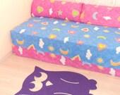 Nursery owl rug. Playroom owl rug for kids. Custom rug for children bedroom.