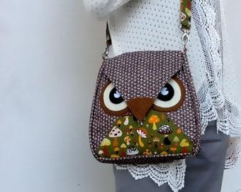 Bamboo: Brown Flip Bag, Owl Bag, messenger bag, tote, animal, women, kid bag, children bag, fabric bag, girl bag, boy bag, green, mushroom