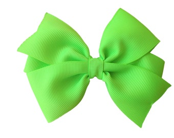 Key lime hair bow - lime green bow, 4 inch bow, pinwheel bows, girls hair bows, girls bows, green hair bows, toddler bows, hair clips