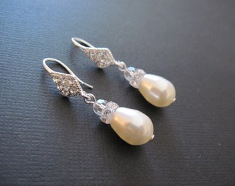 Swarovski Crystal Pearl Earrings/Bridesmaid Earrings/Cream Pearl Earrings/Pearl Bridesmaid Earrings/Pearl Jewelry/ White Pearl Earrings