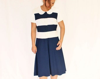 1980s Vintage Shirtwaist Dress. Striped Dress Navy Blue  by Talbots Petites. Mad Men Fashion. Office Dress. Size Medium Petite.