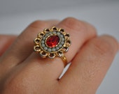 Vintage Pretty & Showy Cocktail little pearls Ring adjustable size