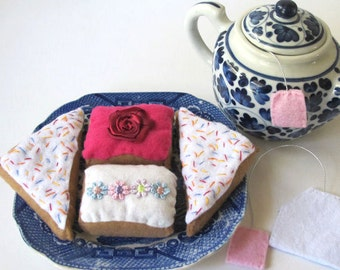 Felt Food Desserts, Pretend Food Cakes, Fairy Bread, Pretend Play Tea Party, Felt Teabags
