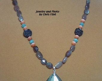 """Absolutely INCREDIBLE  20"""" Labradorite Necklace with carved black onyx flowers - N058"""