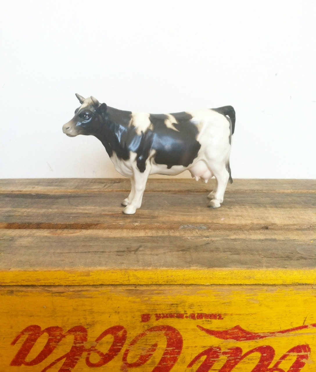 Best 129 paintings-farm images on Pinterest | Other |Holstein Cow Decorations