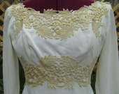 Ivory Embroidered Beautiful Long Sleeve Union Wedding Gown XS