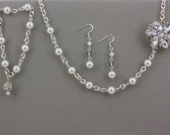Bridesmaid Gift Set-Wedding Jewelry-Pearl Jewelry-Bridesmaid Jewelry-White Pearl-Pearl Necklace-Dream Day Designs