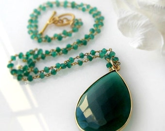 Long Green Onyx Rosary Necklace, Emerald Green, Green Gemstone Pendant, May Birthstone, 24 inches long, Gold Vermeil