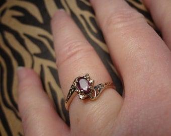 10k Gold Ring Ruby Red Garnet & Diamond ring Anniversary Birthstone Birthday Gift Gemstone Size 7 3/4