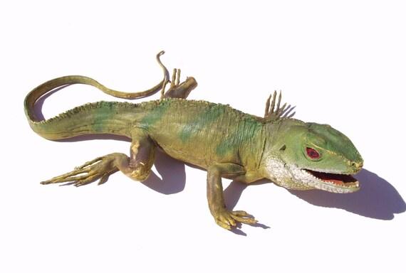 Reptilian Fun Large Vintage Rubber Toy Prop Iguana Lizard