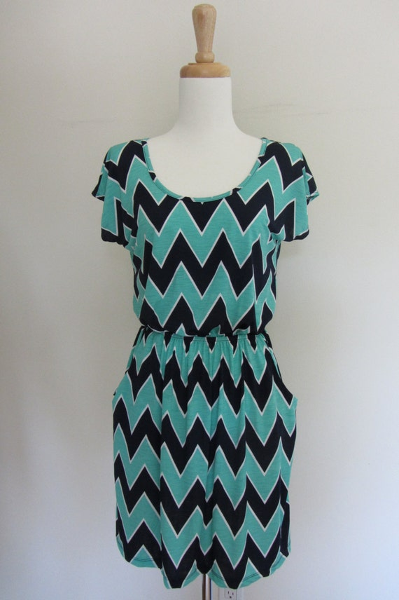 Chevron Print Dress with Pockets