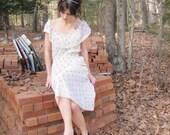 Ivory and Roses- Vtg 70's floral dress