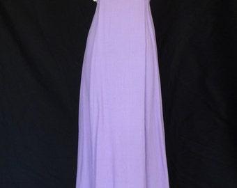 DRESS SALE!!! / 1960s Dress / Lavendar Purple Daisy Detailed Full Length Party Dress w small Train