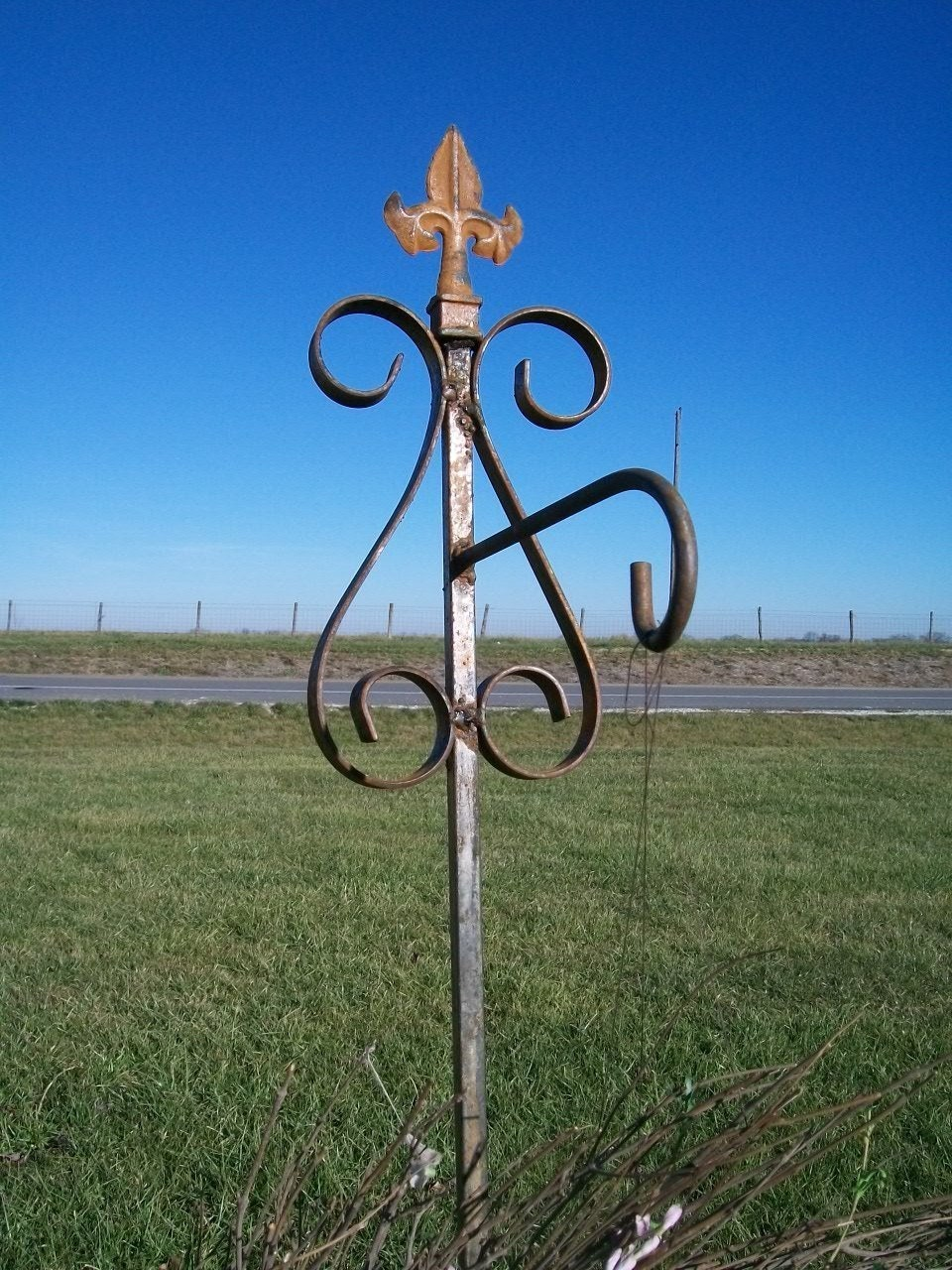 52 Wrought Iron Garden Stake For A Hanging Pot Holder