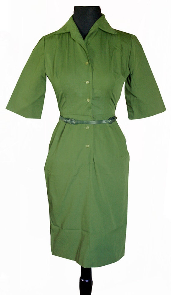 Vintage 1960s Green Mad Men Style Button-Up Hourglass Wiggle Dress with belt - Union Made - Small