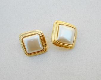 Vintage pierced earrings 1970s Liz Claiborne metal and pearl acrylic preppy jewelry