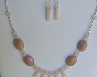 Pink quartz  necklace 0268NK