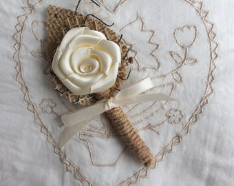 SET of 4 Ivory wedding boutonniere, Groom buttonhole, Groomsmen corsage, Natural Eco Friendly,