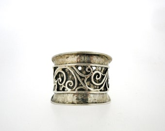 Handcrafted 925 Sterling Silver Ring, Unique Design by Poran, Artistic Jewelry, Made In Israel