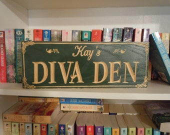 Diva Den Sign Personalized Wooden Carved Mom Cave Sign Mother's Day Birthday Gift Housewarming Engraved Plaque Bridesmaid Gift Poplar 603