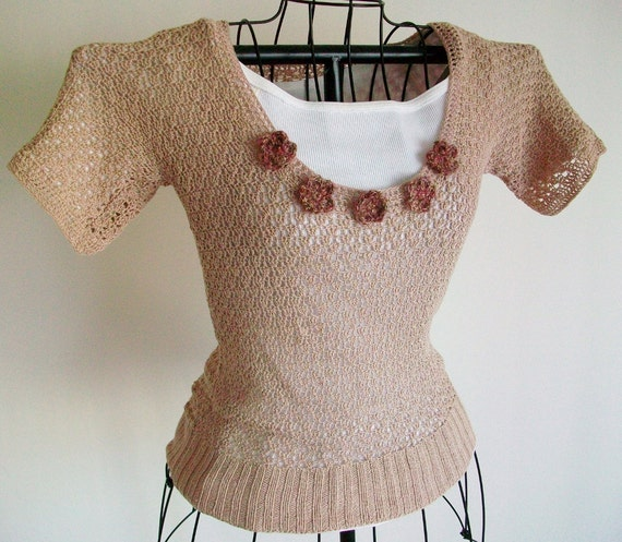 Lace Blouse Top Crochet Beige Tea Stain Red Gold Flowers Womens Vintage Retro Style