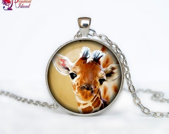 Giraffe pendant giraffe necklace giraffe jewelry for her for him green brawn animal jewelry africa animal