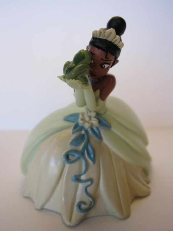 princess and the frog wedding cake topper items similar to princess and frog cake topper on etsy 18762