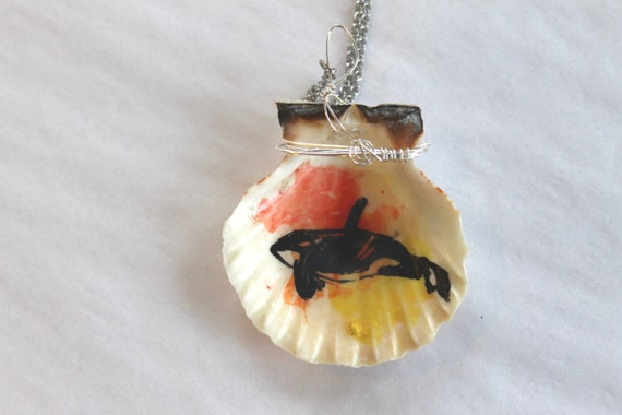 Orca Necklace - Yellow, Orange and Red Shell Necklace