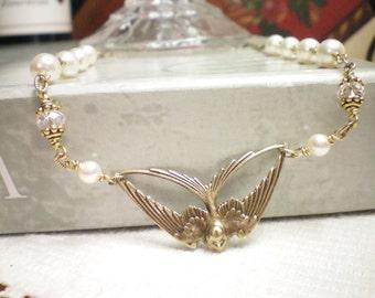 W I N G S -  BRIDAL  - Swarovski Pearl/Crystal Necklace