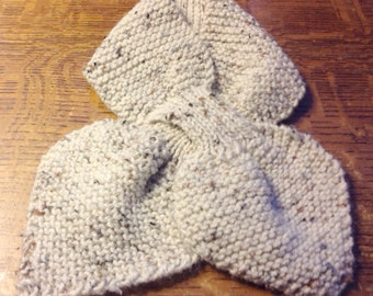 Scarf, Wool, Hand Knit, Bow Tie, Comfortable, Easy, Neutral Color