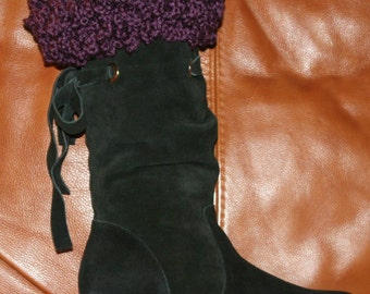 CROCHET PATTERN - The Curly Top Boot Cuff ---Make For Children And Adults. Party-- Party --Put some fun in your boot.