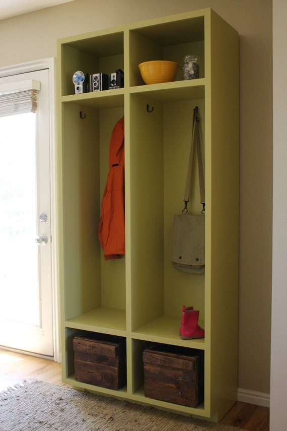 Mudroom Storage Lockers For Sale : Entryway storage lockers woodworking plans